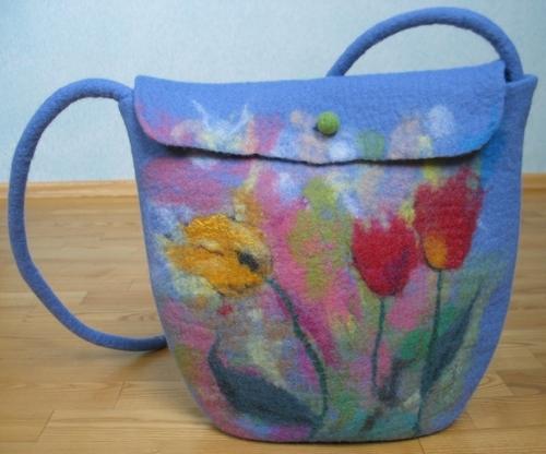 Сказочные дамские сумки из войлока.